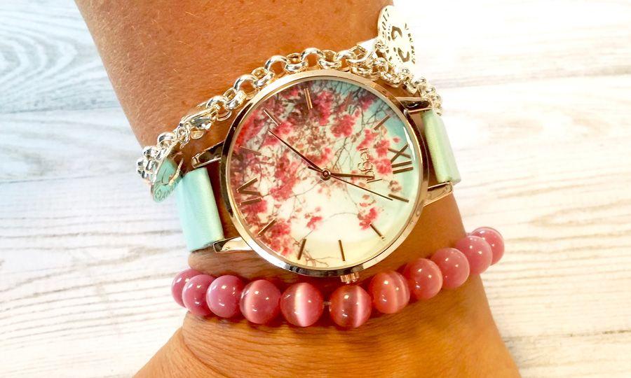 Perlenarmband mit Uhrkombination